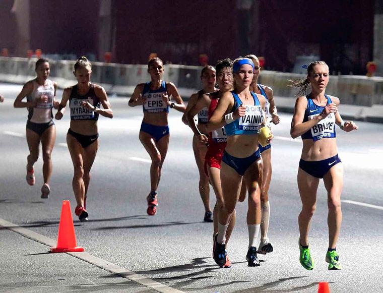 Alisa Vainio Dohan MM-maratonilla 2019.
