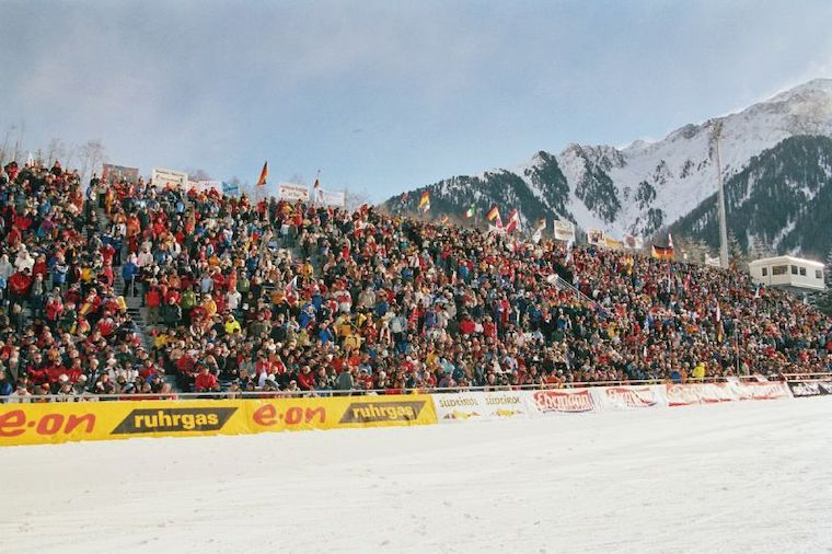 Anterselva will have to host thw biathlon world cup without public this time around due to the covid-19 pandemic. The picture is from 2006.
