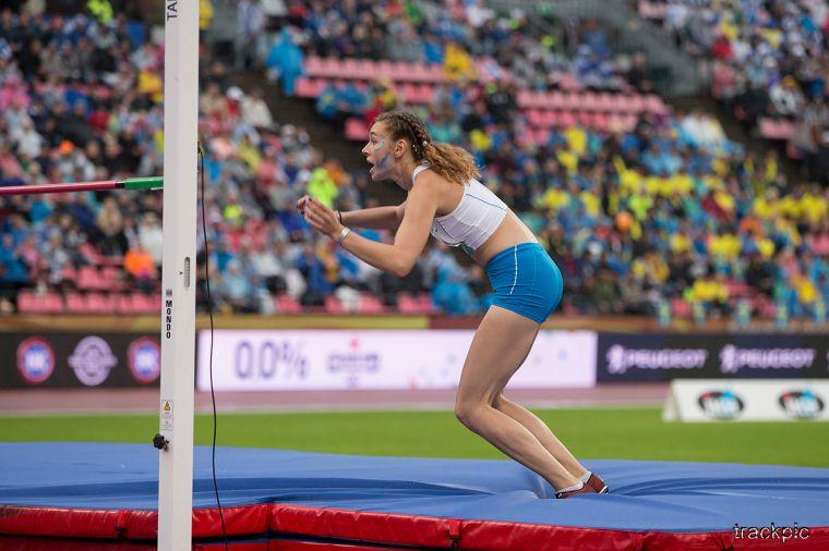 Todellinen ylllätyspommi sunnuntai-iltaan - Ella Junnila katkaisi Suomen 52 vuoden kuivan kauden korkeuspaikalla