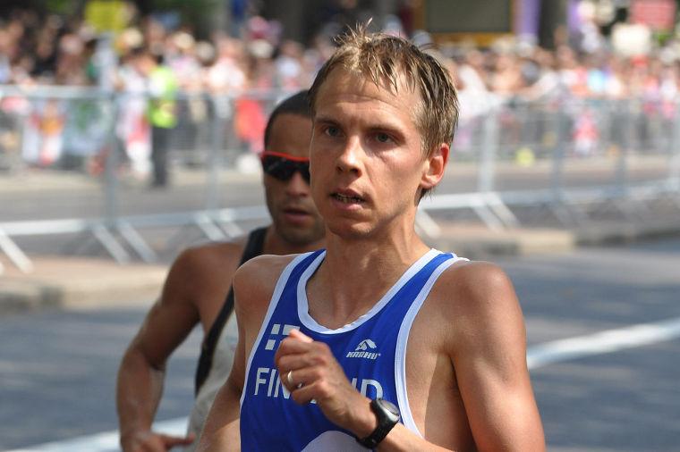 Jussi Utriainen on puolimaratonin Suomen ennätyksen haltija ajallaan 62.50.