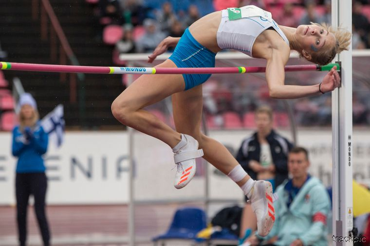 Superlupaus Jessica Kähärä tähyää korkeuksiin: