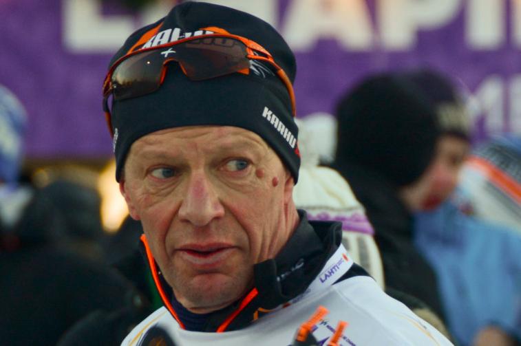 Lumelta kuivalle maalle - näin hiihtolajien suomalaishuiput ovat pärjänneet SM-maastojuoksujen historiassa