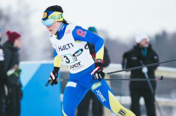 Krista Pärmäkoski suvereeni mestari Äänekosken SM-hiihtojen vapaan kympillä
