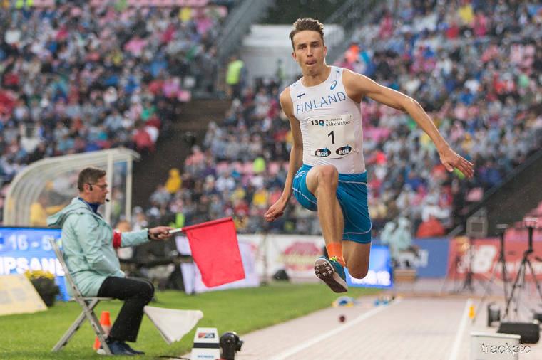 Simo Lipsanen ei saanut vastusta 2018 Ruotsi-ottelun kolmiloikassa, vaan hoiti 7 lajipistettä Suomelle lähes metrin erolla tuloksellaan 16,31.