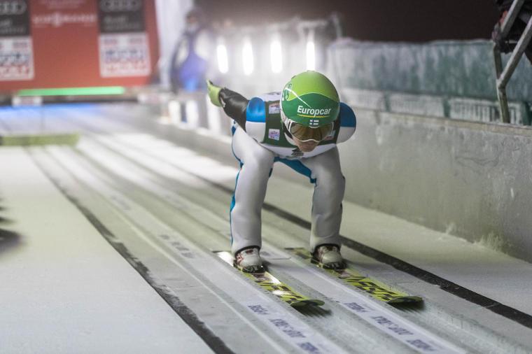 Mäkihypyn maailmancupin Rukan henkilökohtaisessa osakilpailussa marraskuussa 2017 vauhtimäessä viiletettiin parhaimmillaan 88,8 km/h nopeudella.