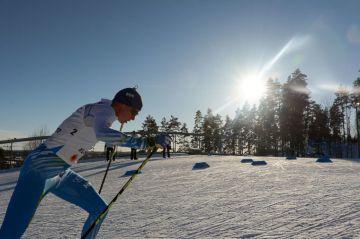 Lopettamisia, loukkaantumisia, perheenlisäystä – hiihdon maailmancup käynnistyi ilman monia tuttuja nimiä