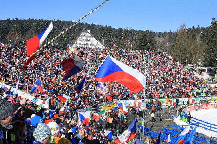 Nove Meston maailmancupissa riittää tunnelmaa.