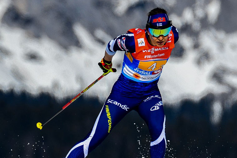 Riitta-Liisa Roponen jaksaa painaa - hiihti voittoon US Super Tourilla