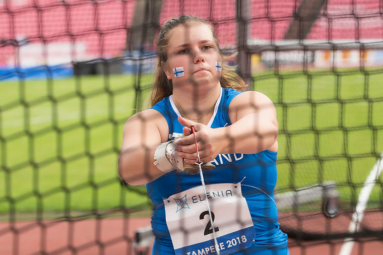 Moukarikultaa! Silja Kosonen heitti ykköseksi Euroopan Nuorten Olympiafestivaaleilla SE-tuloksella