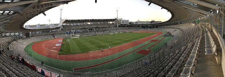 Meeting de Paris is organized in Paris at the Stade Charléty stadium.
