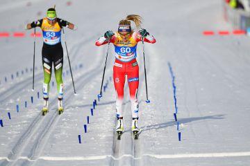 Holmenkollen, naisten 30 km: Johaug odotetun suvereeni – Pärmäkoski parhaana suomalaisena seitsemäs