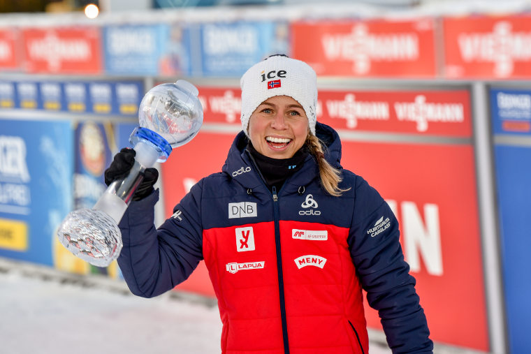 Tiril Eckhoff jatkoi voittojen tiellä naisten takaa-ajossa