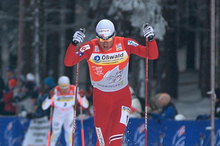 Vastikään kilpailemisen lopettaneelta Petter Northug jr:lta voitti Tour de Skin kokonaiskilpailun kaudella 2014-2015, kun kilpailussa ensimmäisenä maaliin saapunut Martin Jonsrud Sundby hylättiin myöhemmin dopingrikkeen vuoksi.
