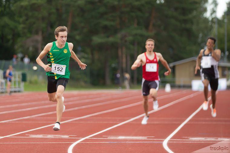 """Aitajuoksija Tuomas Lehtonen voi yltää kesällä saavutukseen, johon on pystynyt aiemmin vain yhdeksän suomalaisjuoksijaa – """"Se on luultavasti tavoite"""""""