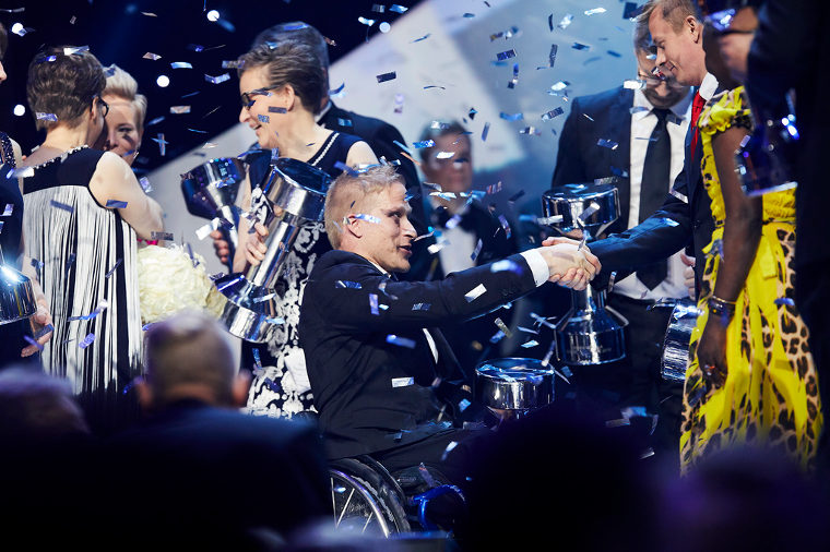 Leo-Pekka Tähti valittiin historiallisesti Vuoden urheiljaksi vuonna 2016 ensimmäisenä vammaisurheiljana. Tähti voitti vuonna 2016 T-54 paralympiakultaa 100m pyörätuolikelauksessa.